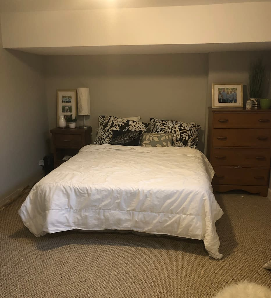 This is a picture of Mackenzie's before the bedroom makeover.  It was drab and dull and needed a boost.