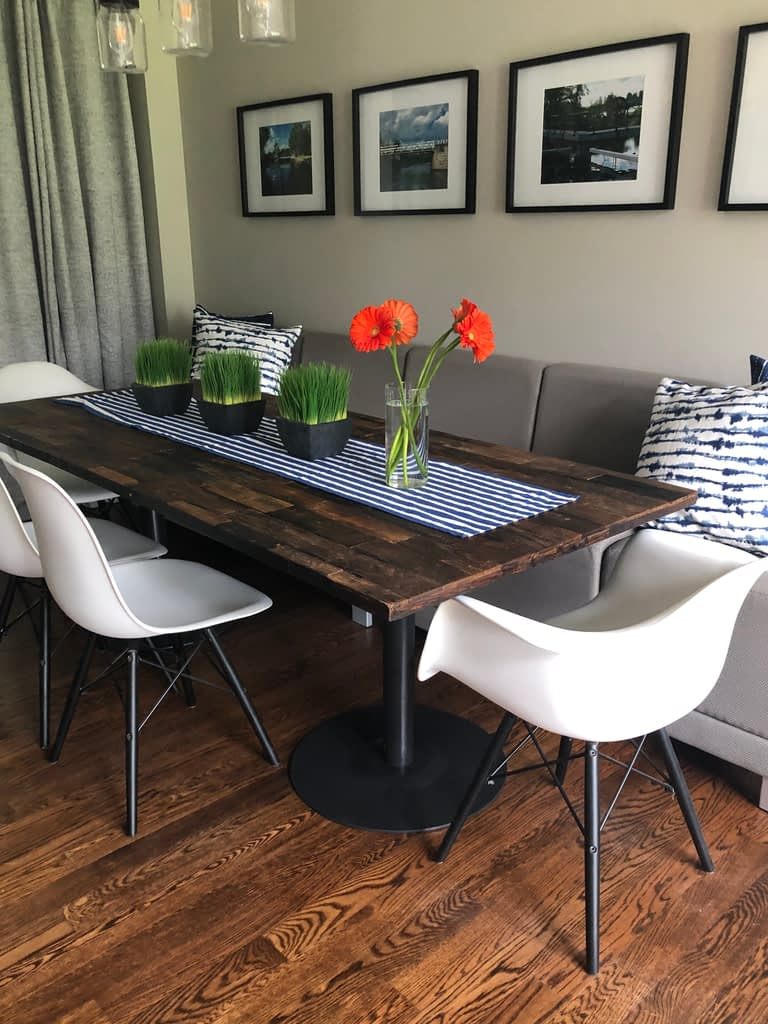 Dining room with banquette seating