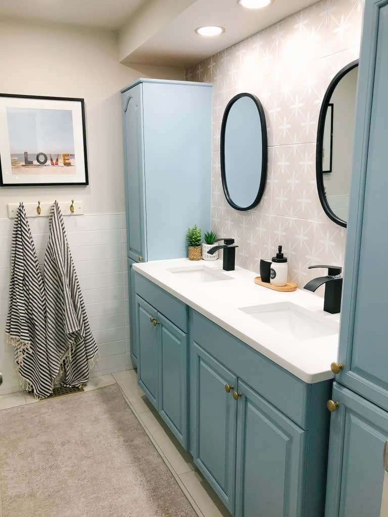 We are so pleased with the final result of our coastal family bathroom renovation.