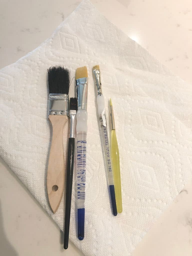 Paint brushes different sizes