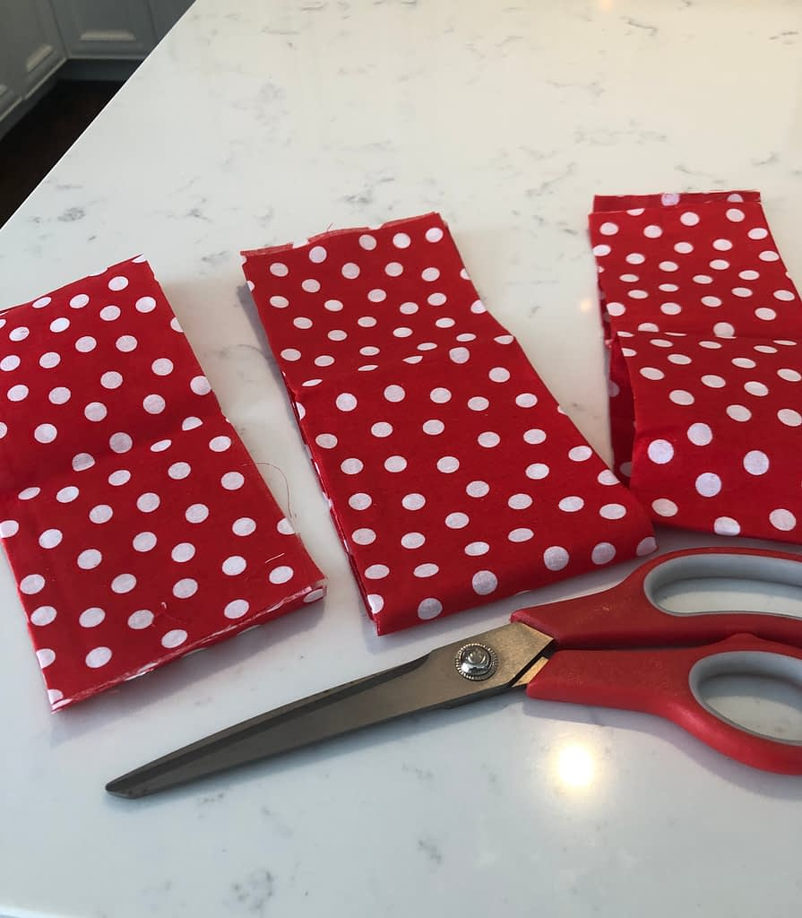 I thought these red and white polkadots were so so cute for for garland